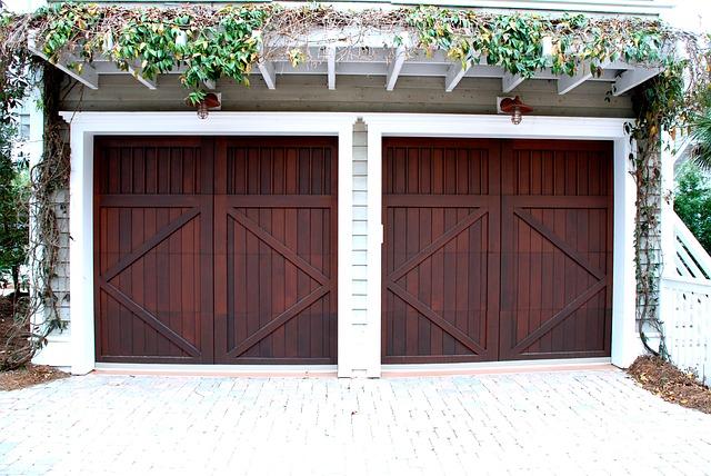 montaż bram garażowych poznań